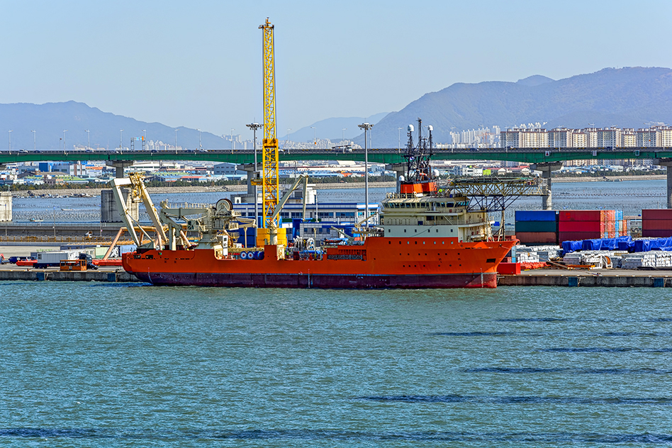 prysmian invests new subsea cable-laying vessels